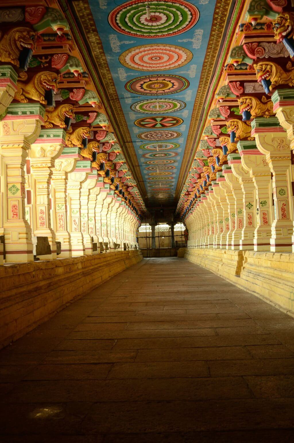 Rameshwaram temple 3d view of inside download and share